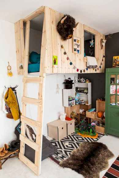 50 ideas for organizing playrooms & kid's spaces (43)