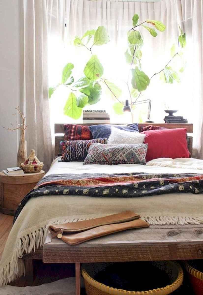 60 beautiful eclectic bedroom decorating ideas (1)
