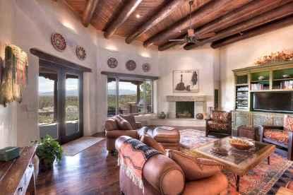60 beautiful eclectic fireplace decor (22)