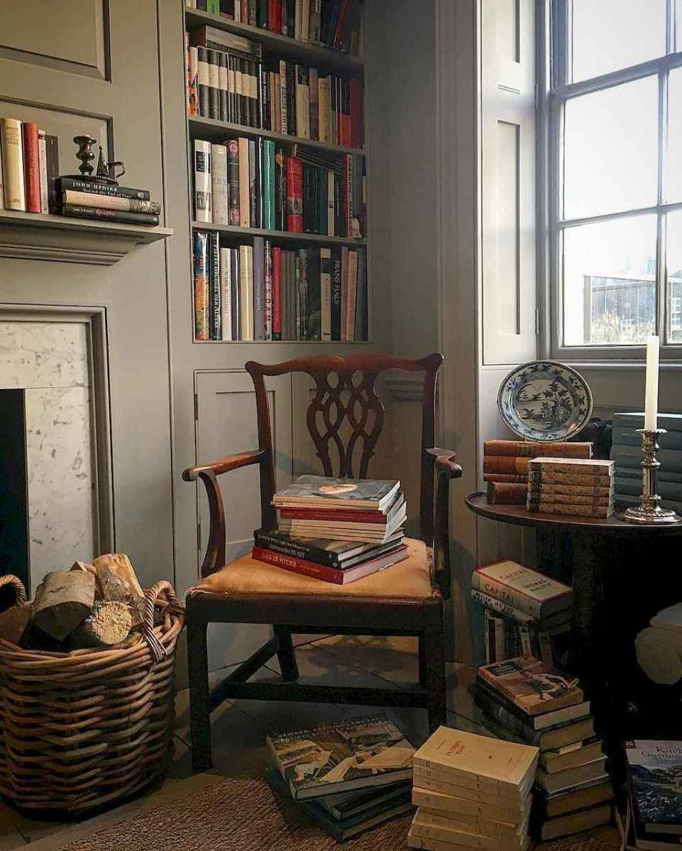 60 cool ideas vintage library at home (54)