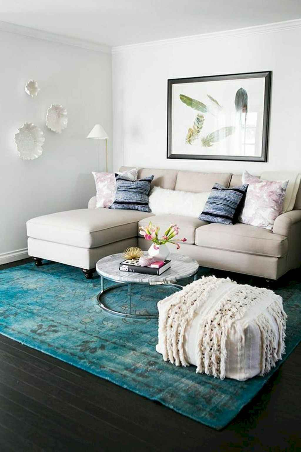 Awesome apartment living room decorating ideas (12)