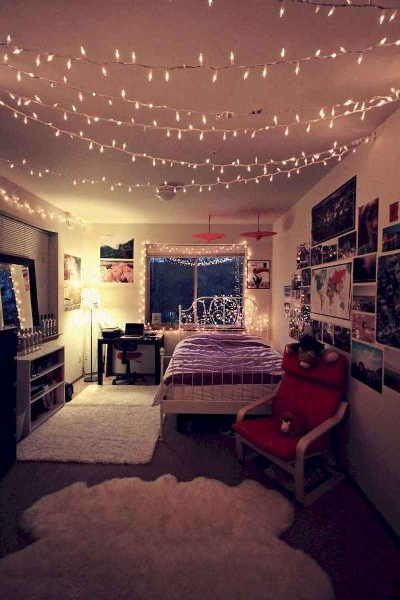 Simply bedroom decoration ideas (35)