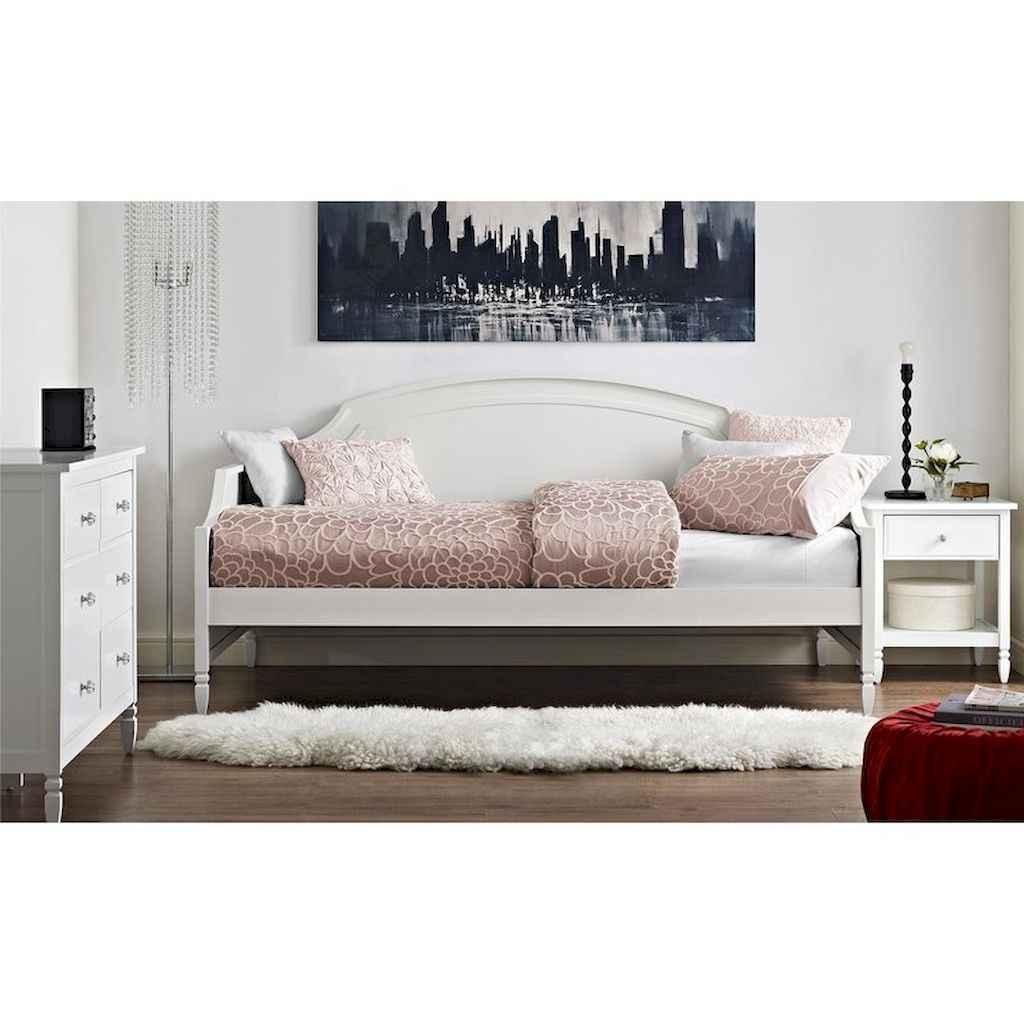 Simply bedroom decoration ideas (54)