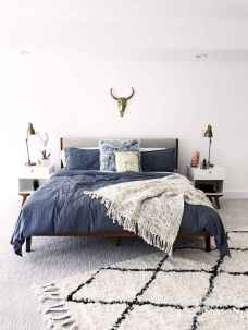 20 small fisrt apartment bedroom decorating ideas (5)
