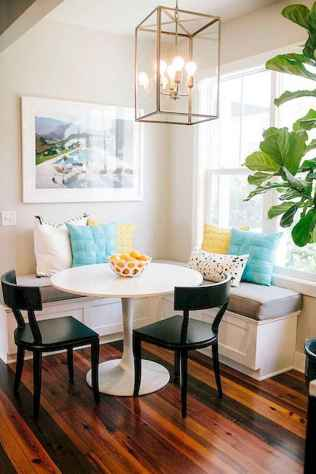 20 small and clean first apartment dining room ideas (16)