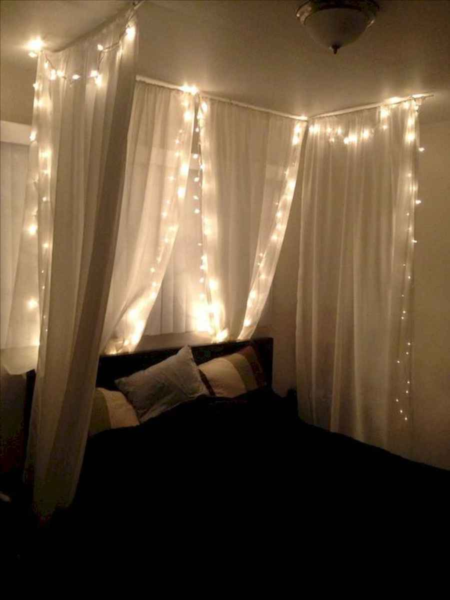 30+ diy apartment decorating christmas lights (27)