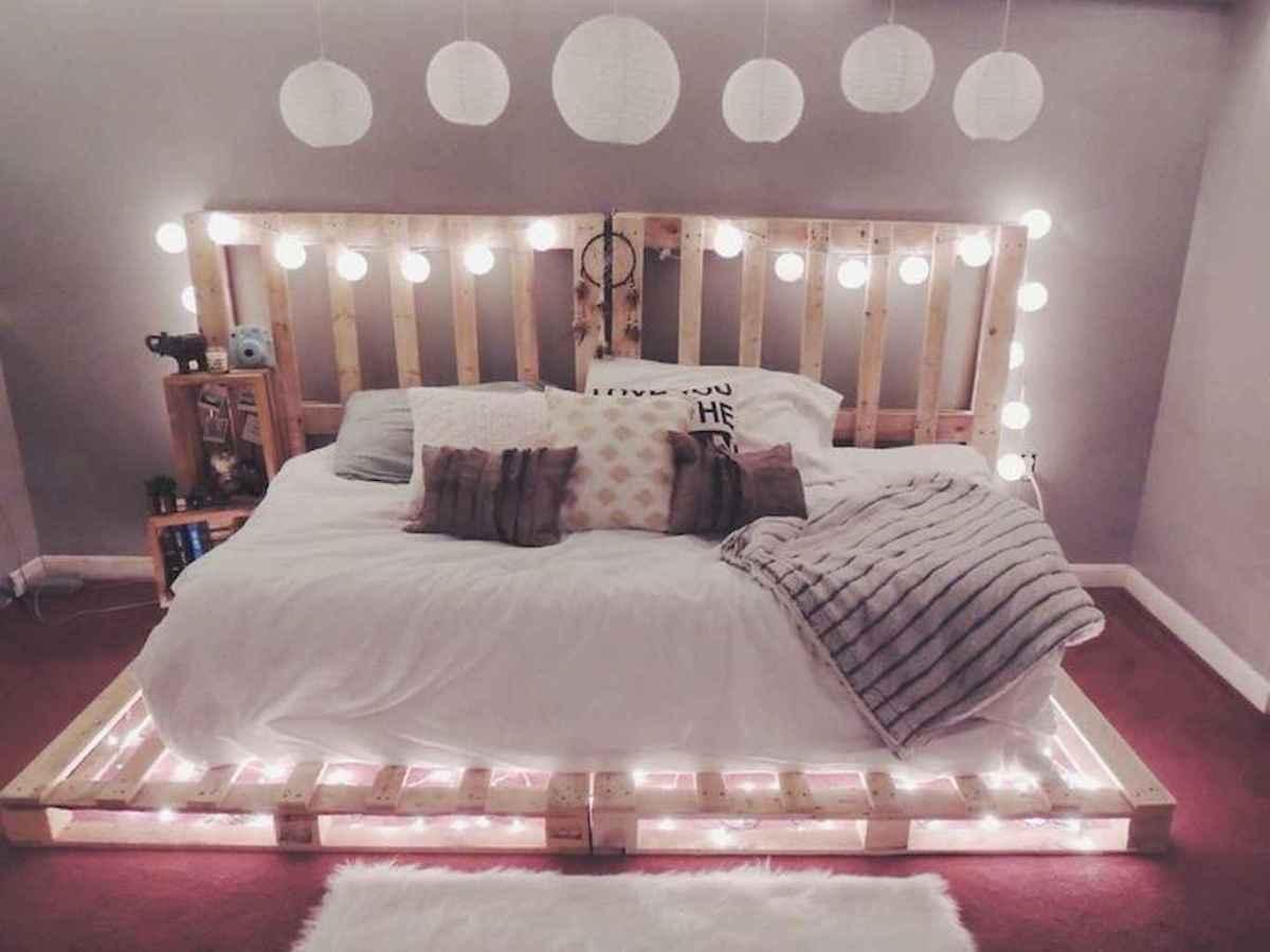 30+ diy apartment decorating christmas lights (33)