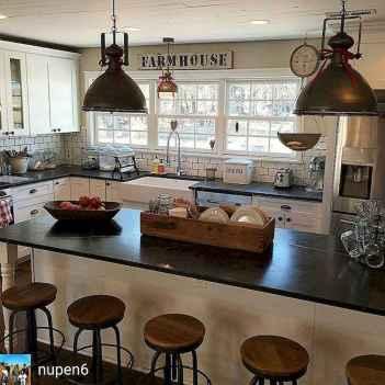 40 stunning farmhouse kitchen ideas on a budget (12)