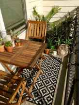 50 affordable small first apartment balcony decor ideas (10)
