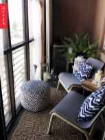 50 affordable small first apartment balcony decor ideas (14)