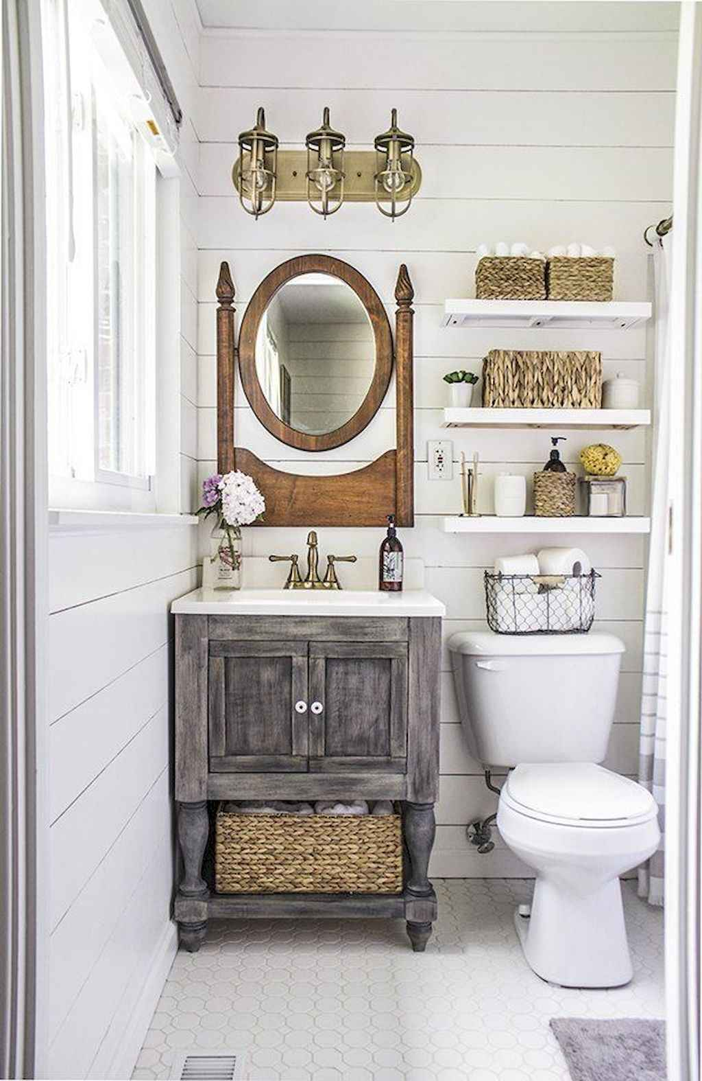 50 Rustic Farmhouse Master Bathroom Remodel Ideas - Roomadness.com