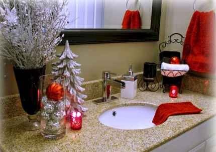 60 apartment decorating ideas for christmas (12)