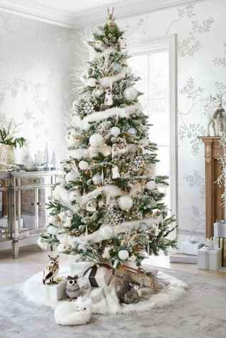60 apartment decorating ideas for christmas (34)
