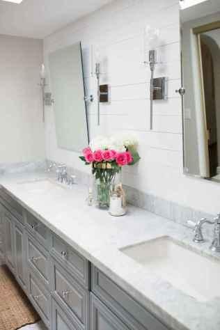 60 inspiring bathroom remodel ideas (51)