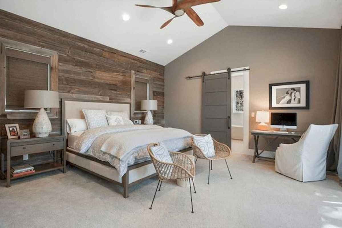 66 farmhouse style master bedroom decorating ideas (8)