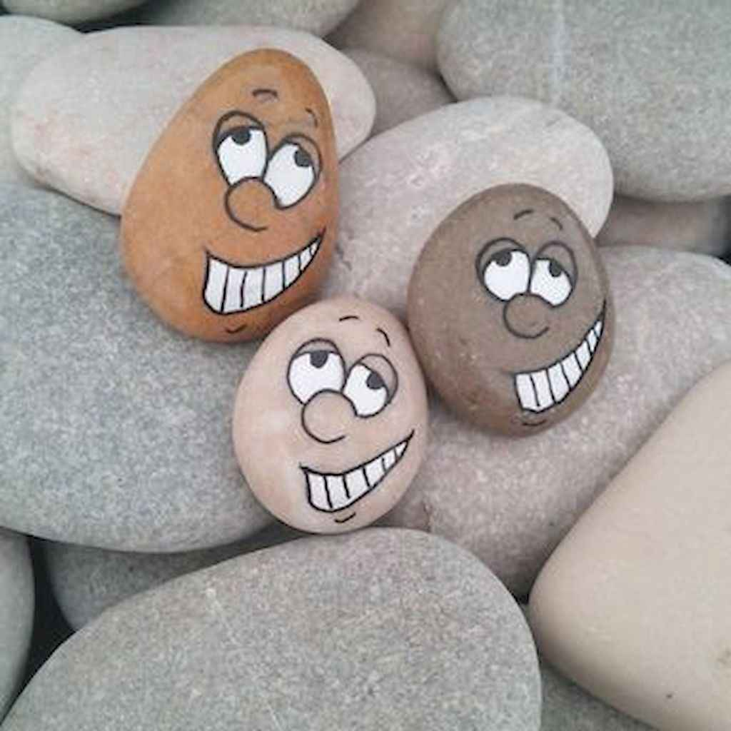 70 diy painted rock for first apartment ideas (37)