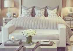 80 master bedrooms apartment decorating ideas for couple (69)