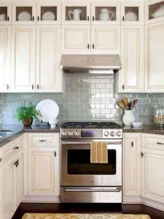 150 gorgeous farmhouse kitchen cabinets makeover ideas (107)