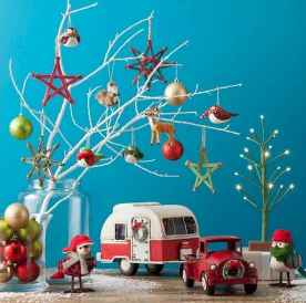 20 awesome rv campers christmas decorations ideas (18)