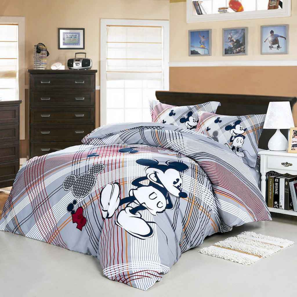 20 diy disney apartment decorations ideas (11)