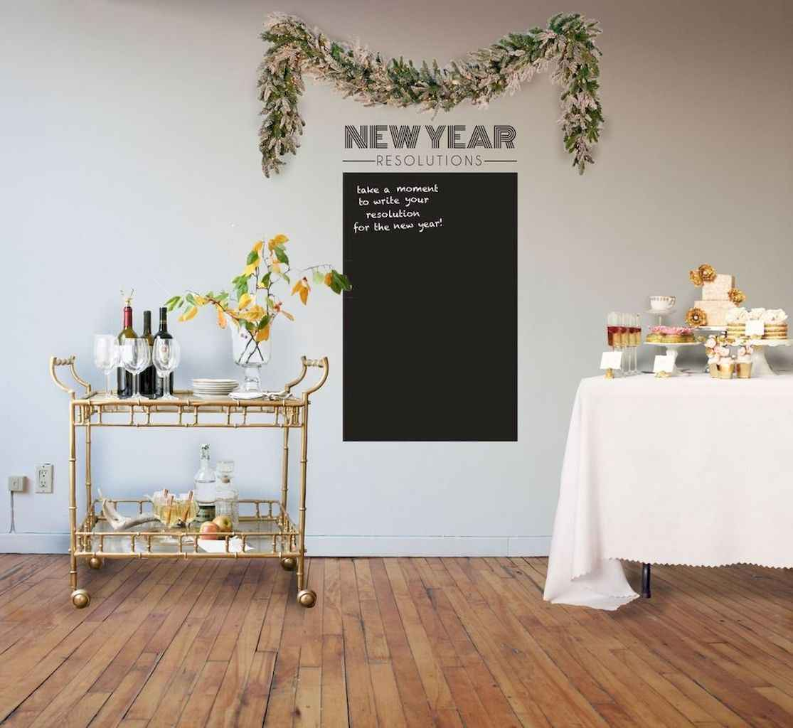 35 awesome 2018 new year party decorations ideas (29)