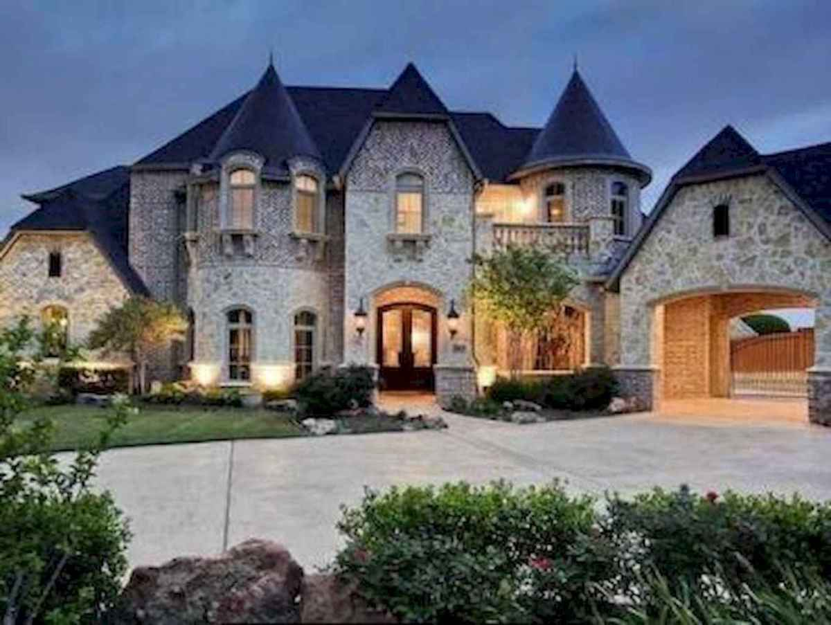 40 modern castle homes exterior landscaping (21)