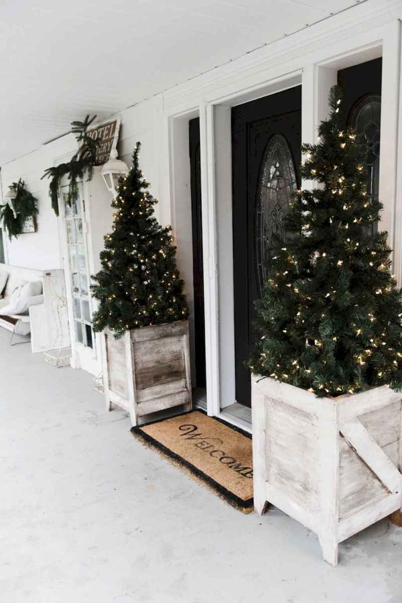 55 awesome christmas front porches decor ideas (15)