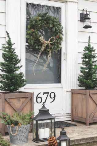 55 awesome christmas front porches decor ideas (32)