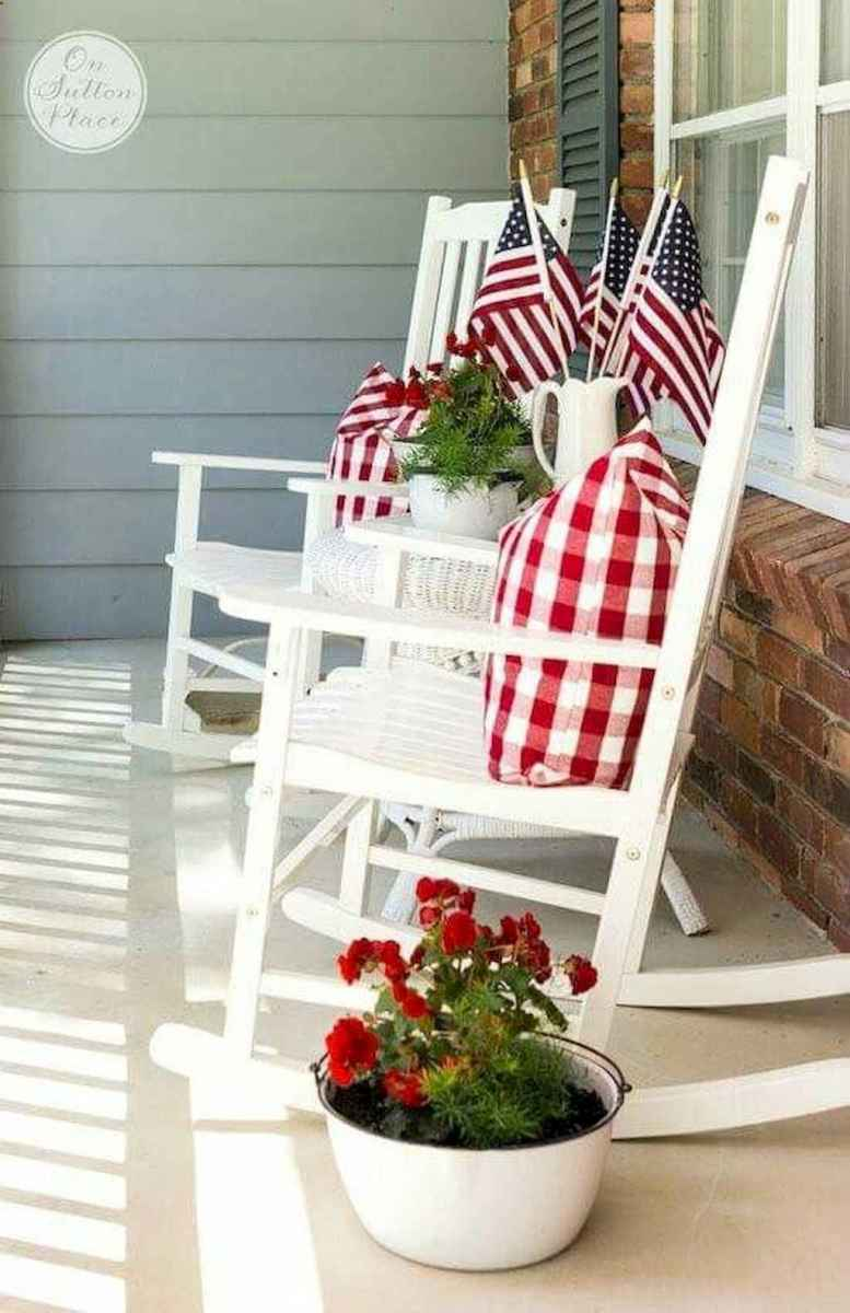 55 awesome christmas front porches decor ideas (4)