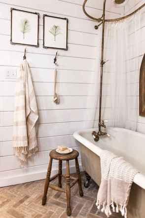 110 spectacular farmhouse bathroom decor ideas (41)