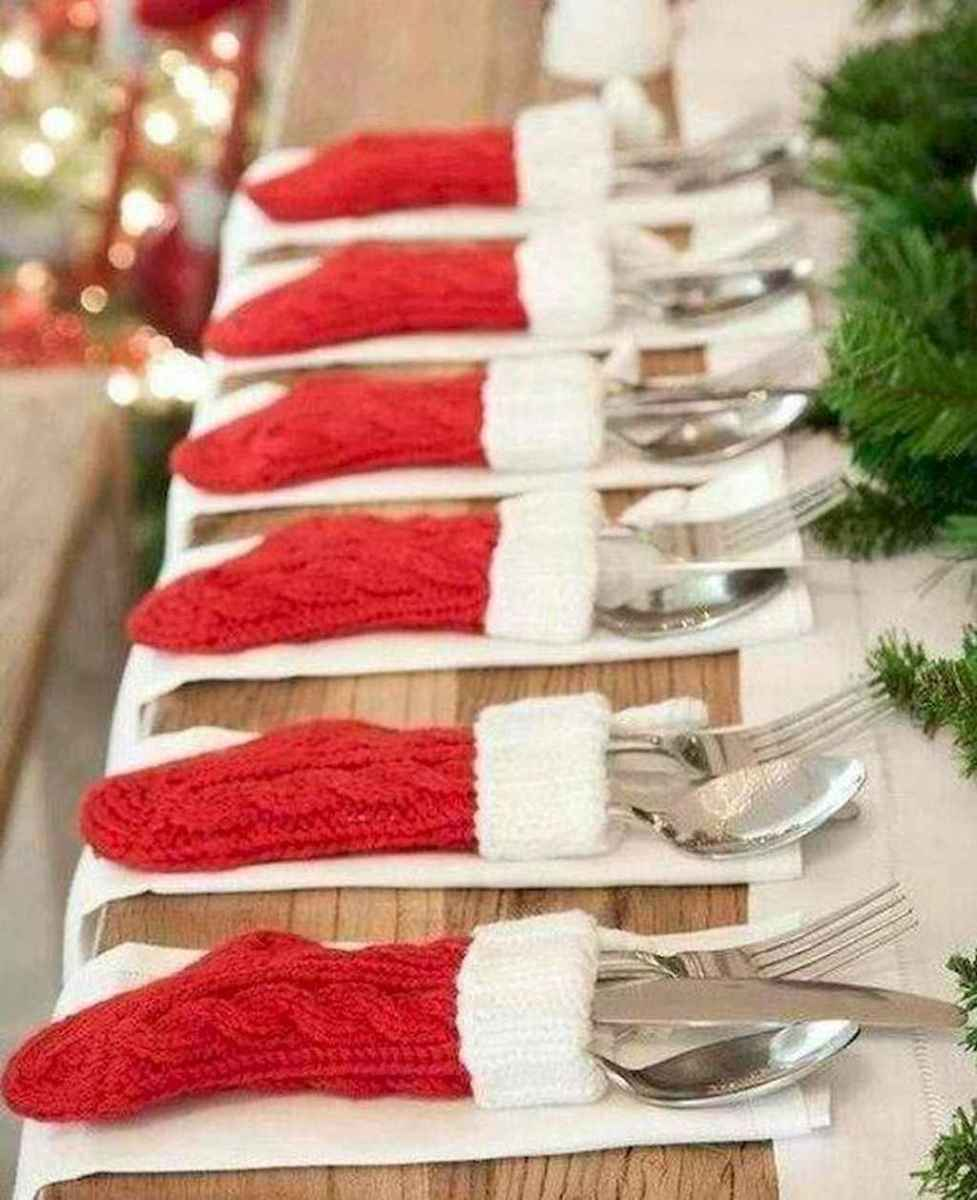 30 cheap diy dollar store christmas decor ideas (17)
