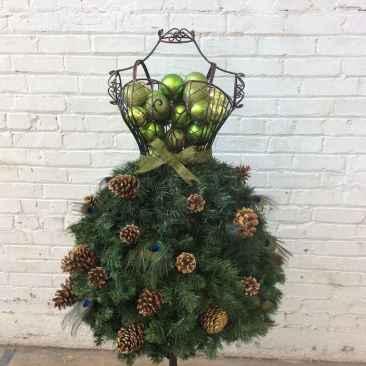 30 cheap diy dollar store christmas decor ideas (27)