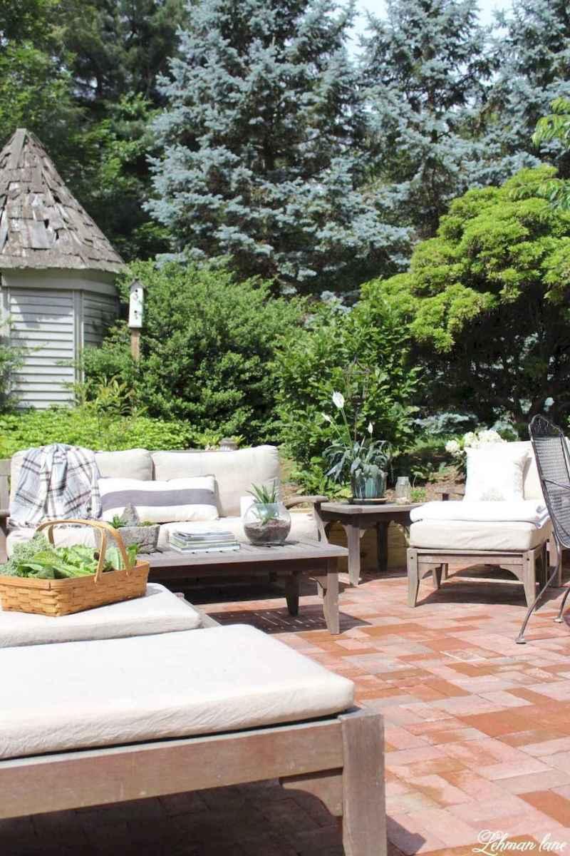 30 wondrous farmhouse backyard ideas landscaping on a budget (10)