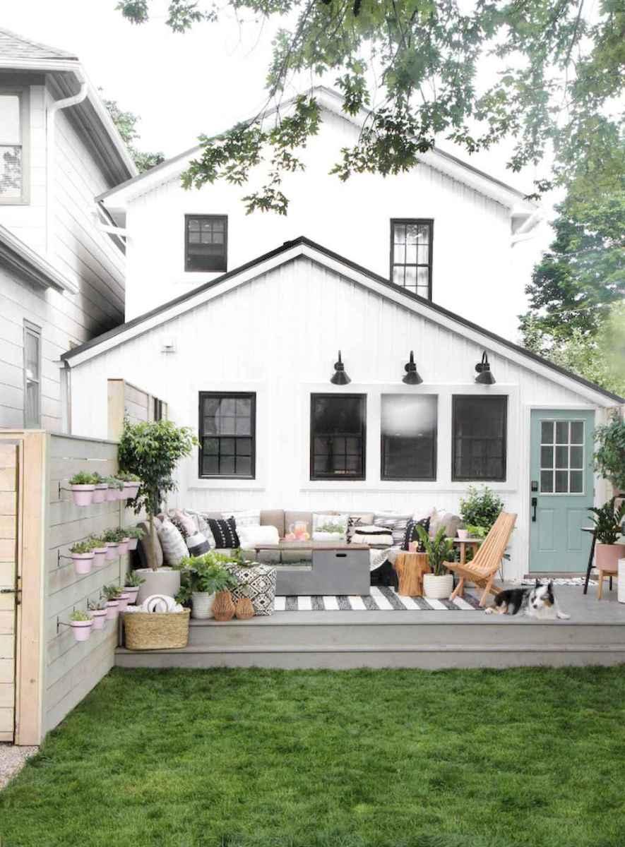 30 wondrous farmhouse backyard ideas landscaping on a budget (25)