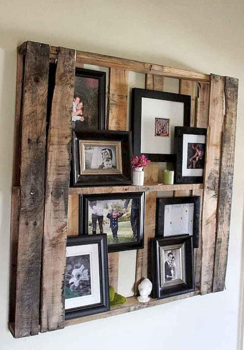 40 diy family photos display ideas for apartment decor (18)