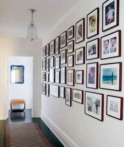 40 diy family photos display ideas for apartment decor (5)