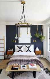 40 navy master bedroom decor ideas (5)