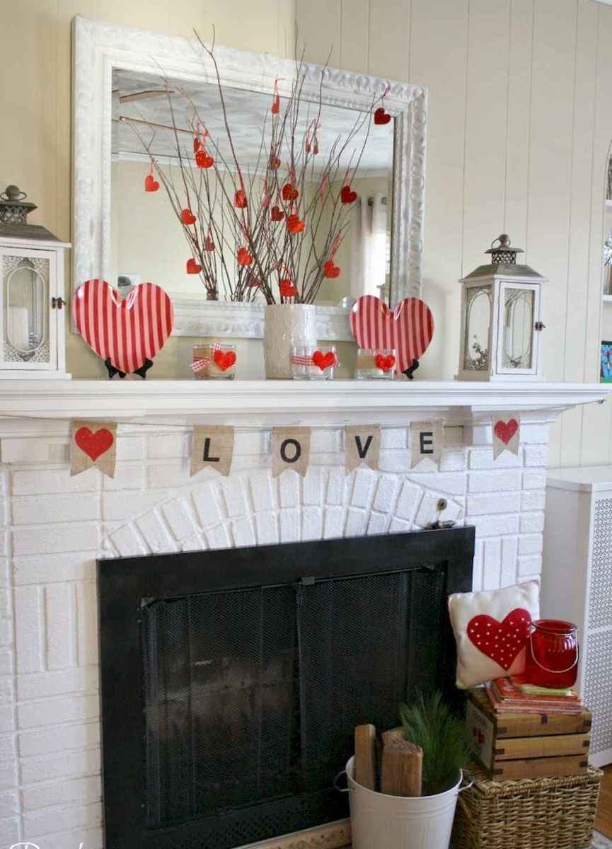 44 romantic valentines party decor ideas (36)