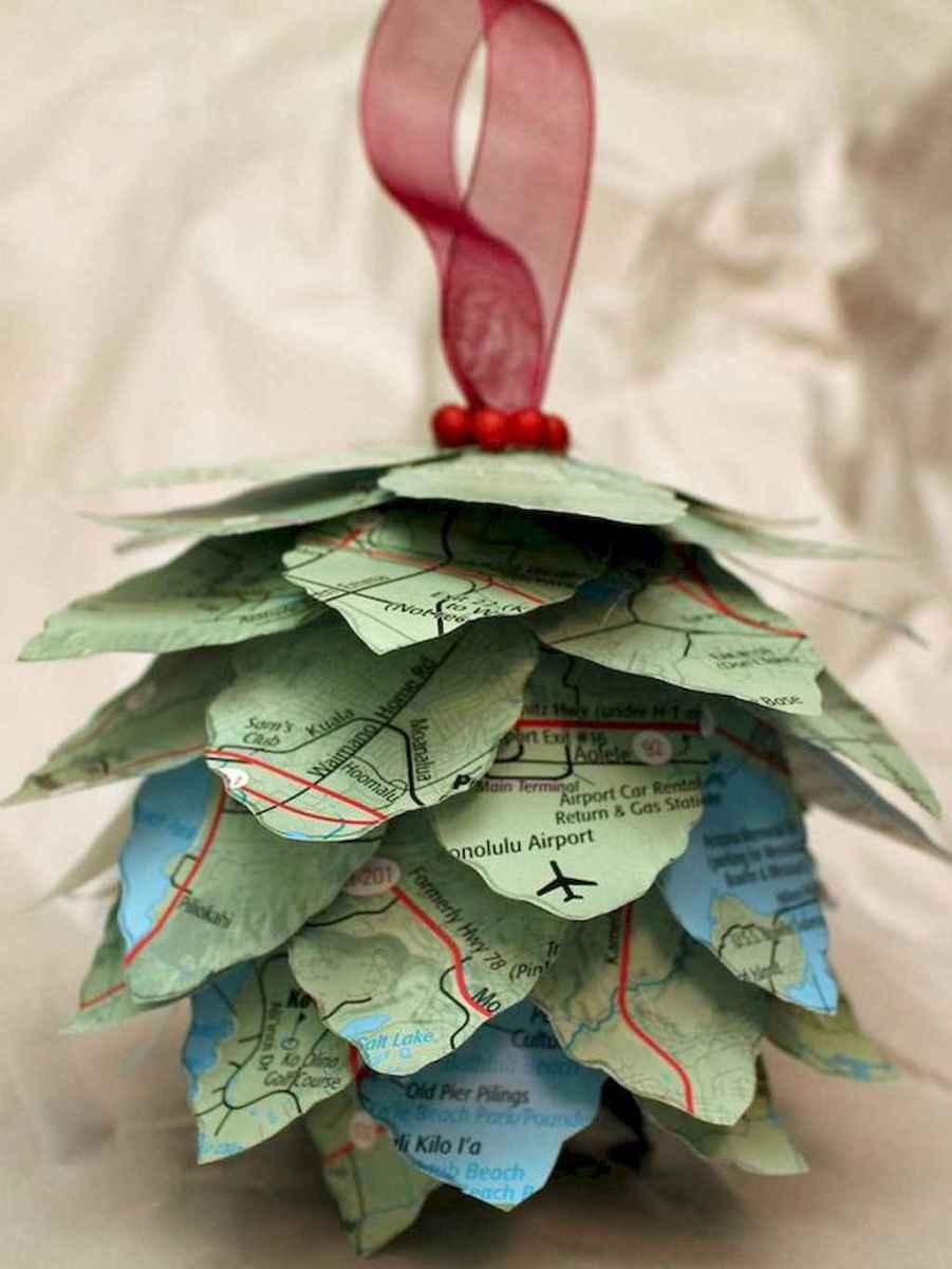 45 outdoor pine cones christmas decorations ideas (2)