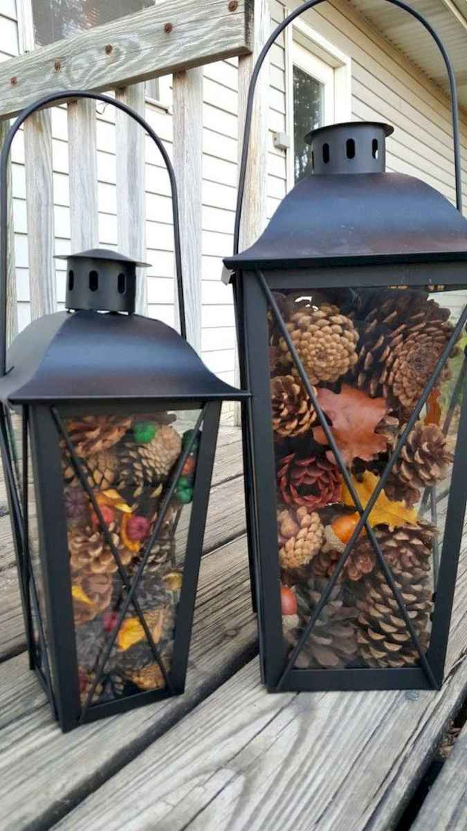 45 outdoor pine cones christmas decorations ideas (31)
