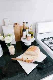 50 best apartment kitchen essentials decor ideas (41)