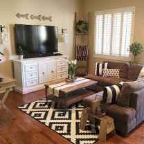50 elegant rustic apartment living room decor ideas (36)
