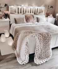 50 incredible apartment bedroom decor ideas with boho style (14)