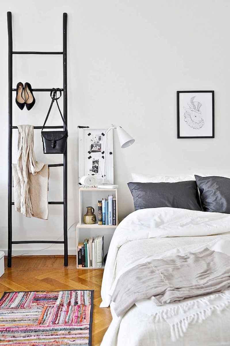 50 stunning vintage apartment bedroom decor ideas (16)
