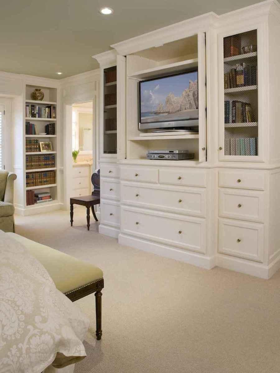60 brilliant master bedroom organization decor ideas (42)