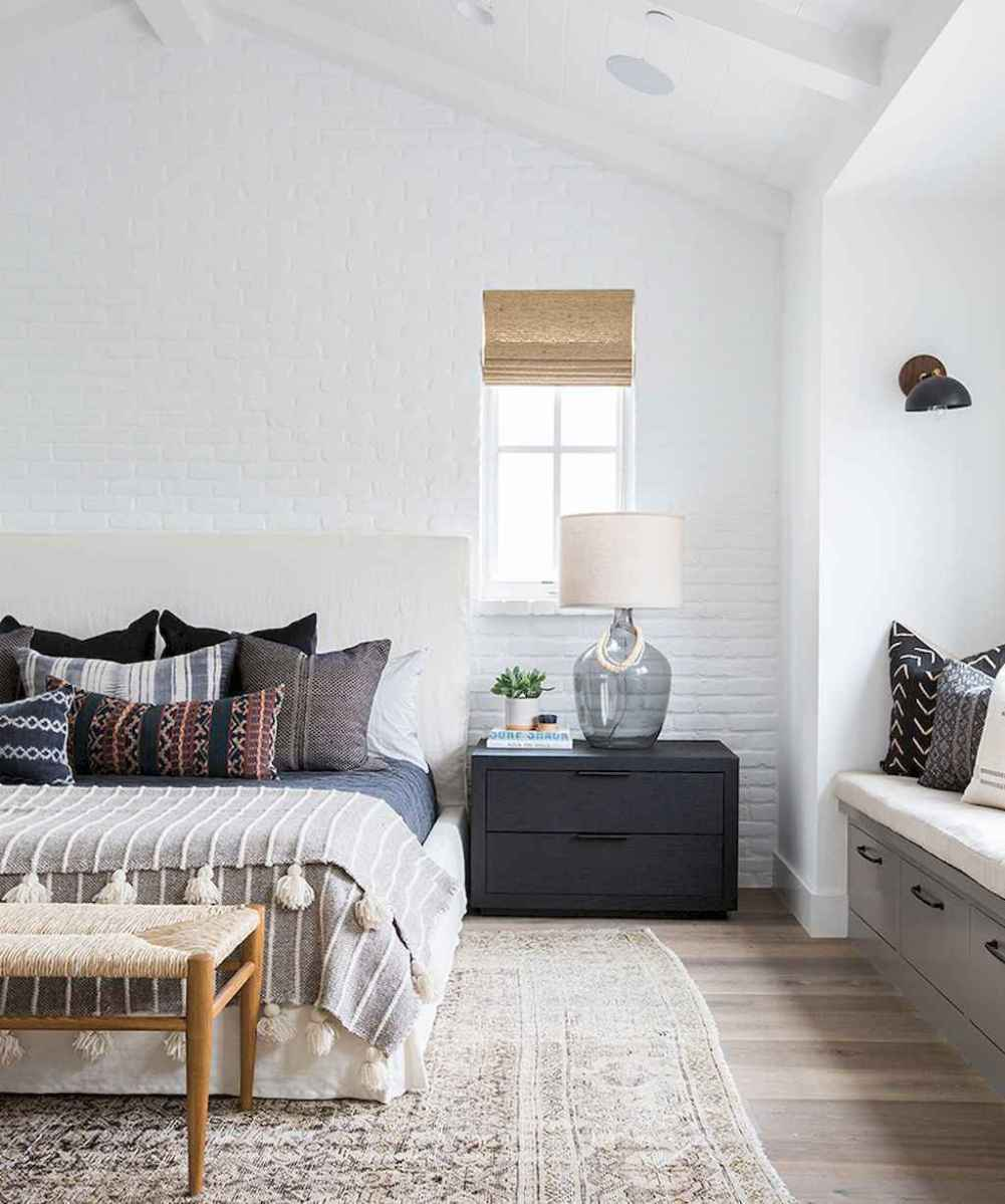 60 cool eclectic master bedroom decor ideas (27)