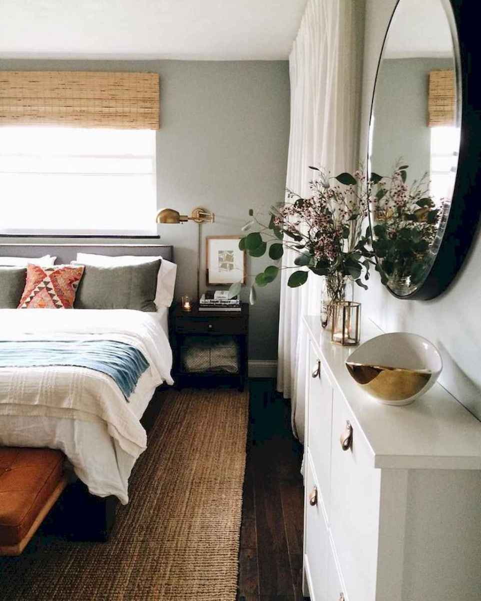 60 cool eclectic master bedroom decor ideas (4)