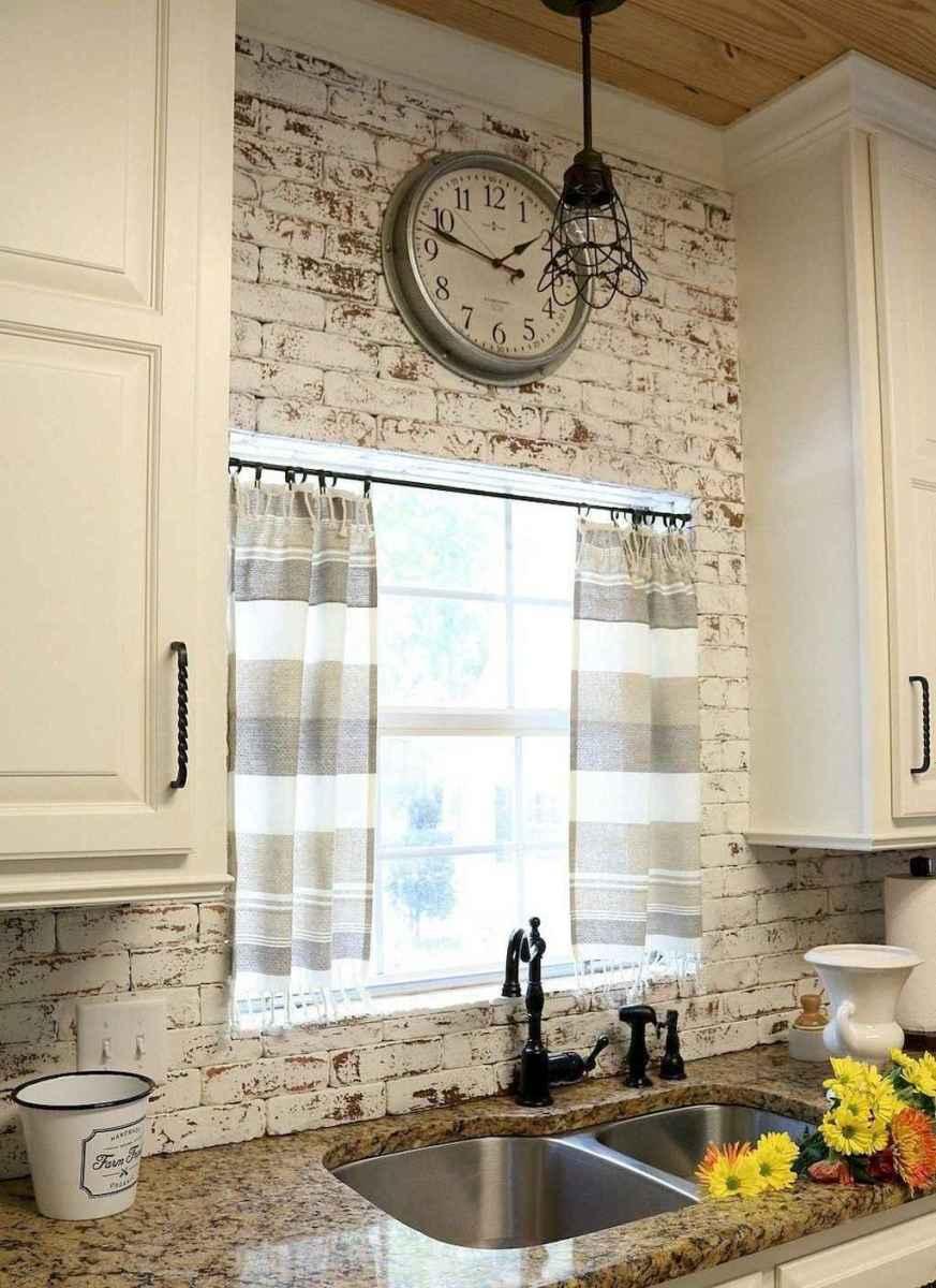 60 fancy farmhouse kitchen backsplash decor ideas (34)