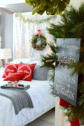 60 romantic master bedroom decor ideas (39)