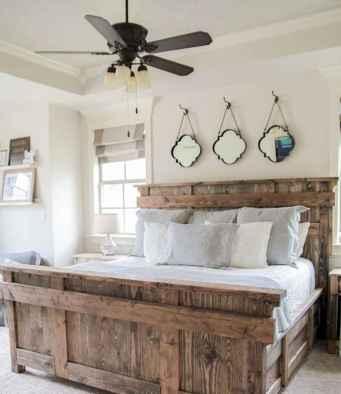 70 beautiful farmhouse master bedroom decor ideas (22)
